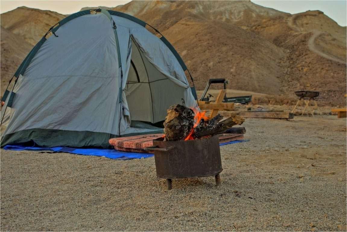 אוהל ומדורה אקולוגית בחניון מצדה