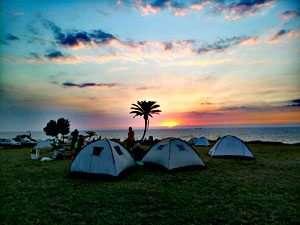 שקיעה ואוהלים בחוף אשקלון