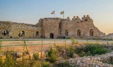 מבצר אנטיפטרוס - גן לאומי תל אפק