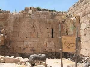 בור מים במבצר הפנימי