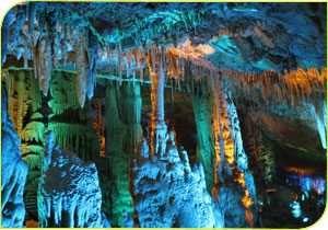 התאורה החדשה במערת הנטיפים