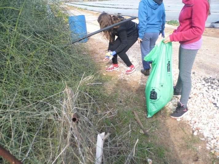תלמידי בית הספר יובלים עושים למען הטבע בשמורת טבע קדימה
