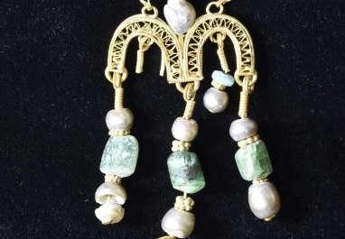 תכשיט זהב שנמצא בחפירה על הר ציון
