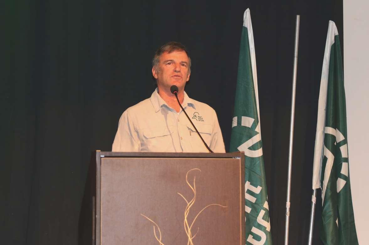 שאול גולדשטיין מדבר בכנס שבוע שמירת טבע 2019 - יניב כהן רשות הטבע והגנים