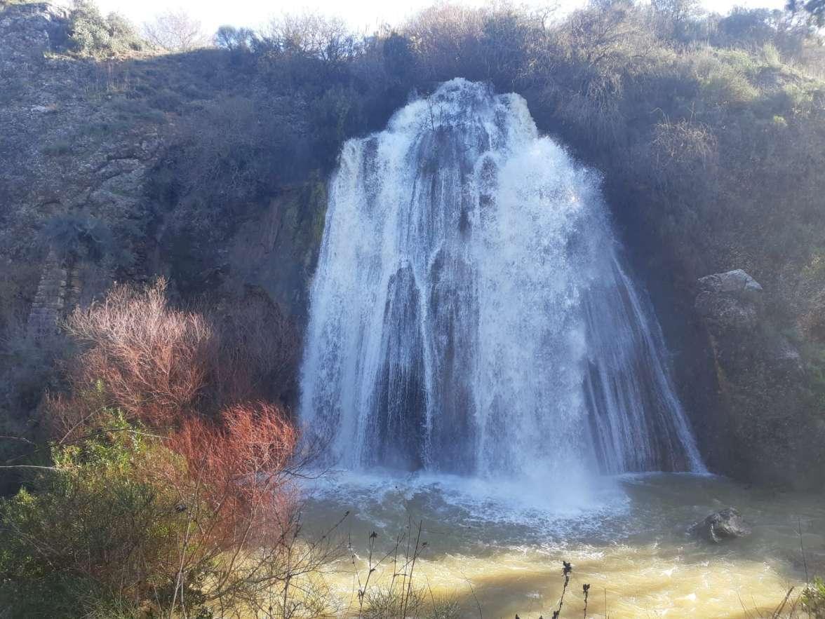 מפל הטחנה בנחל עיון - שי קורן
