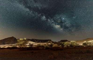 שביל החלב בחניון לילה נחל גוונים באזור מכתש רמון - צילם דיוויד רזק