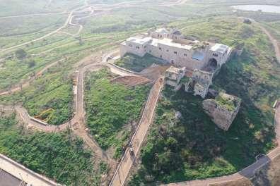 מגדל צדק - יאיר מולאי