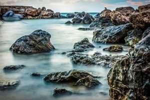מקום ראשון בתחרות צילום ים מעל ומתחת בקטגוריית מעל המים - סלעים,  צילם גל ביסמוט