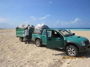 מבצע נקיון בחוף יבנה ים