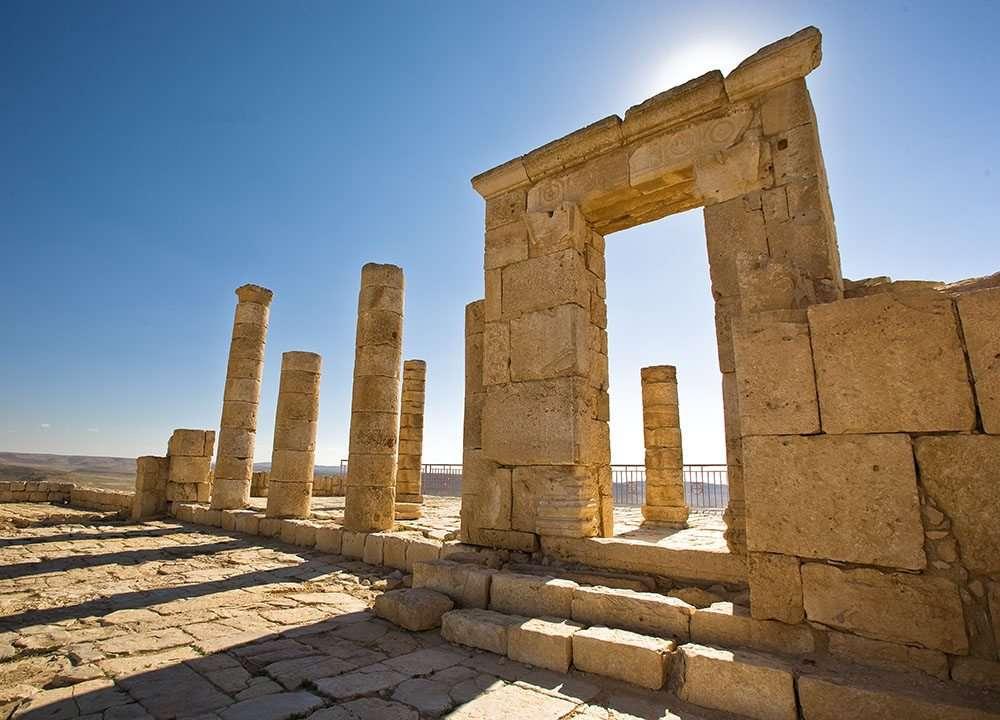 שער המקדש הנבטי בגן לאומי עבדת