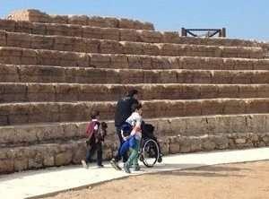 שביל נגיש בגן לאומי קיסריה