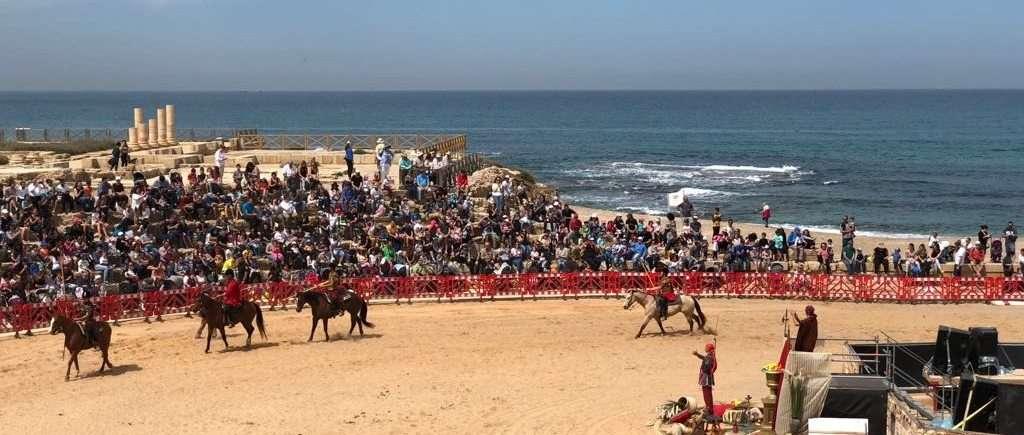 מופע סוסים בגן לאומי קיסריה