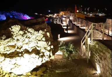 טיילת החומות והשוק הצלבני - אטרקציה תיירותית חדשה בנמל קיסריה
