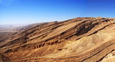 המכתש הגדול- מצלעות רכס חתירה - יעקב שקולניק