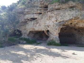 מערות בגבעות מרר. צילום אורית אנגלברג-ברעם