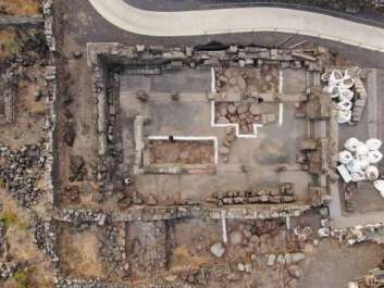 בית הכנסת בתום החפירה